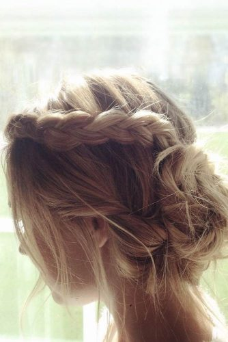 Easy Updo Hairstyles picture 4
