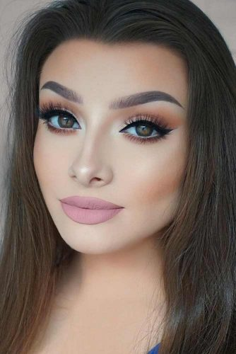 Stylish Everyday Makeup picture 3