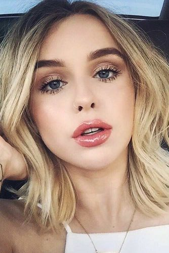 Stylish Everyday Makeup picture 4