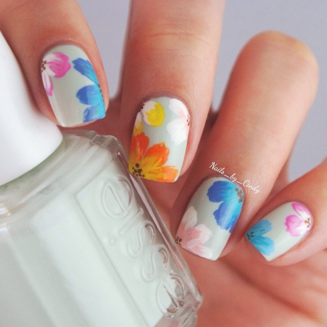 Pretty Pastel Floral Nails