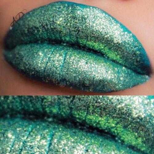Amazing Green Lipstick picture2