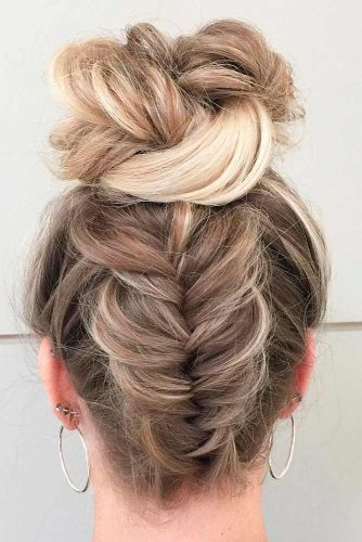 Amazing Ideas of Hairstyles with Buns picture 3
