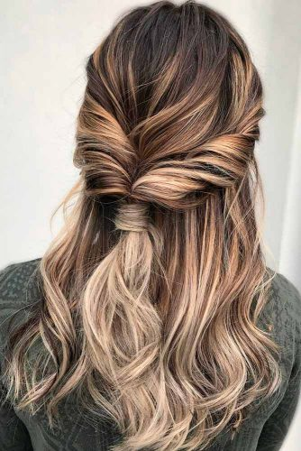 Startling Shoulder Length Hairstyles picture 3
