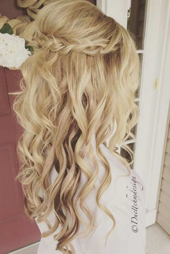 Gentle and Romantic Hairstyles picture 6