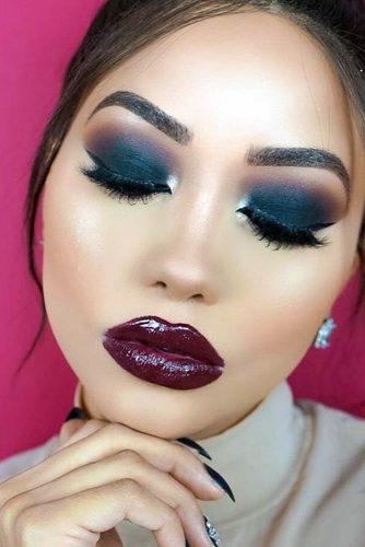 Chic Maroon Lipstick picture1