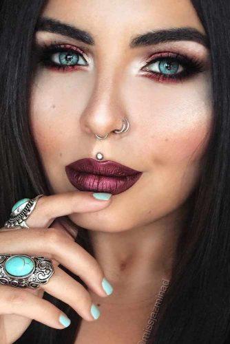 Chic Maroon Lipstick picture3