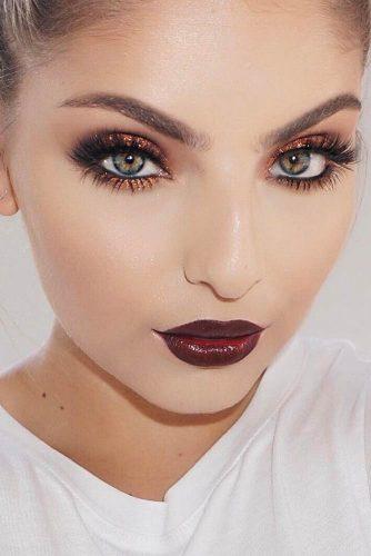 Chic Maroon Lipstick picture4