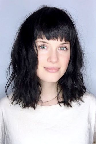 Stylish Ideas for Medium Hair with Bangs picture 2