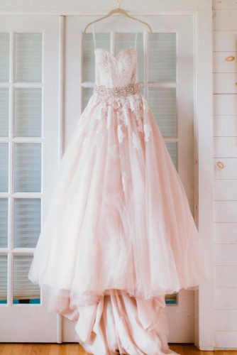 Trendy Wedding Dress Styles picture 3
