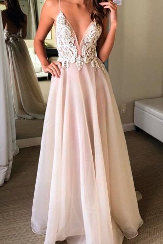 Luxurious and Chic Wedding Dresses picture 3
