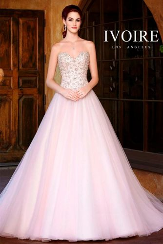 Luxurious and Chic Wedding Dresses picture 6