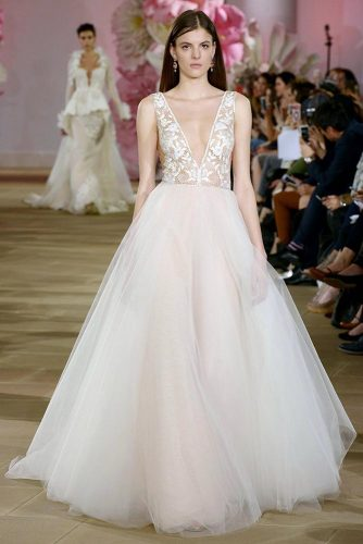 Fashionable Couture Wedding Dresses picture 3