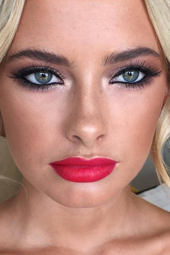 Catchy Summer Makeup picture5