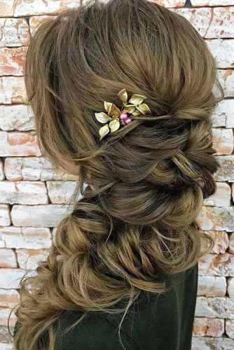 Romantic Side Braid Hairstyles picture 2
