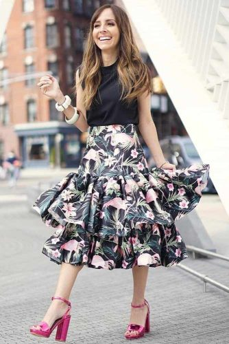 Brunch Outfit Ideas with a Skirt picture 1