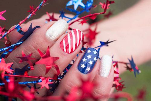 Popular 4th of July Nails to Feel Like America's Supergirl