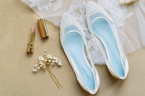 Ways to Wear Wedding Flats and Thus Feel Comfortable