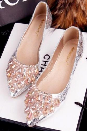 Chic and Fashionable Bride Shoes picture 2