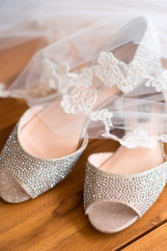 Romantic Style of Wedding Flats picture 2