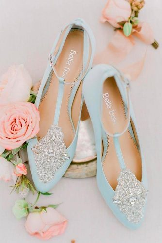 Beautiful and Comfortable Wedding Flats picture 2
