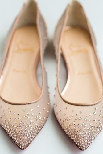 Stylish and Elegant Wedding Flats picture 4