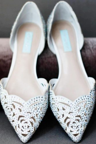 Stylish and Elegant Wedding Flats picture 5