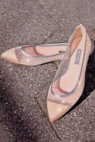 Beige Capron Wedding Flats #capronflats #weddingshoes