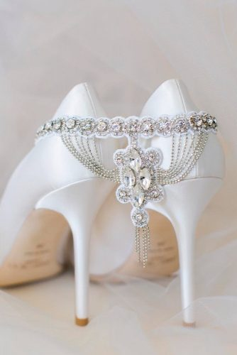 Amazing Garters for Your Perfect Wedding Look picture 1