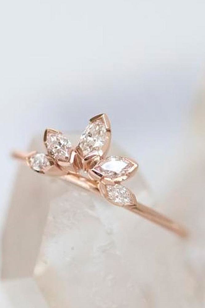 Luxurious Rose Gold Engagement Rings picture 3