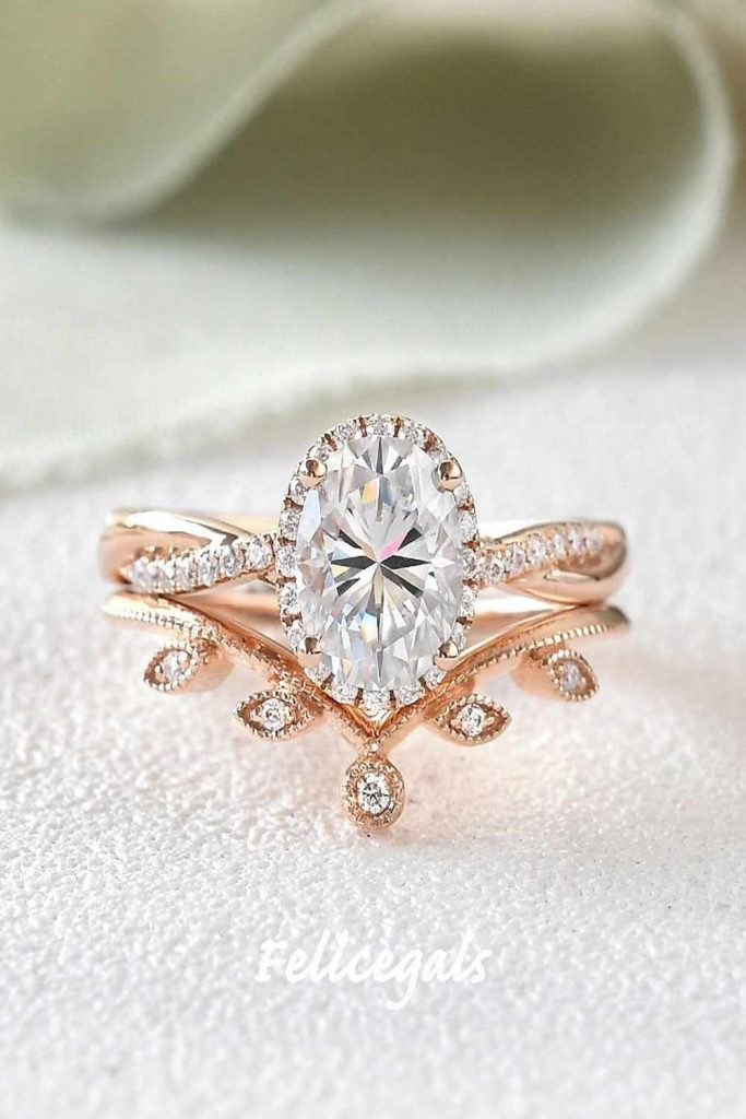 Pear Engagement Ring Set #pearringshape