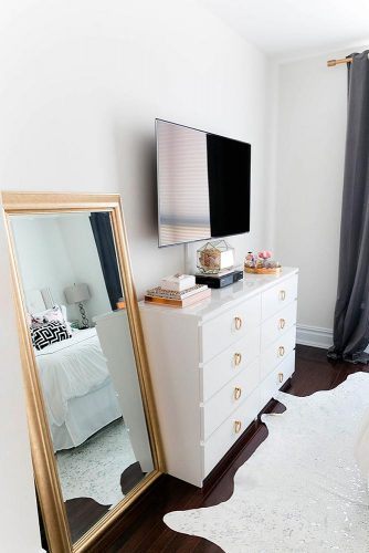 Best Ways to Use Bedside Tables and Commodes picture 5