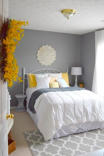 Bright Accents in Your Bedroom picture 1
