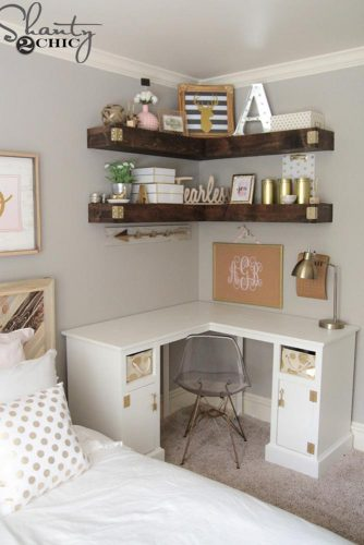 Using Shelves in Bedroom Interior Designs picture 2