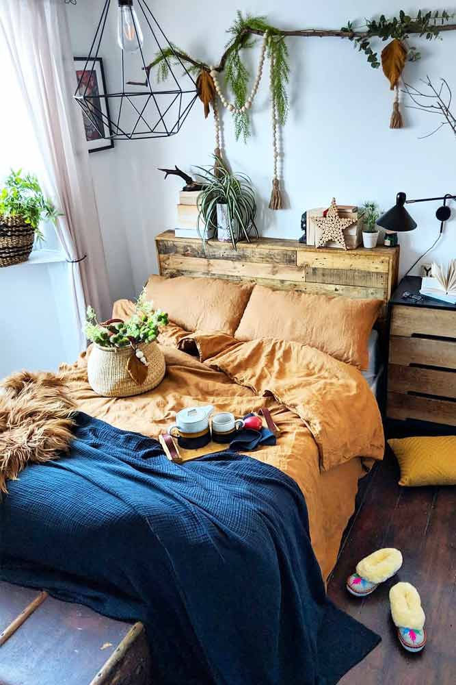 Boho Bedroom Design With Wood Accent #wood #plants