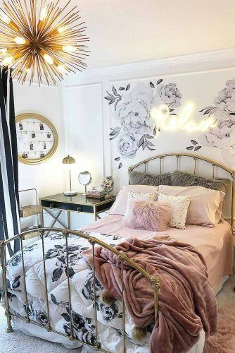 Bedroom With Vintage Bed And Floral Wall Decor #walldecor #floralwall