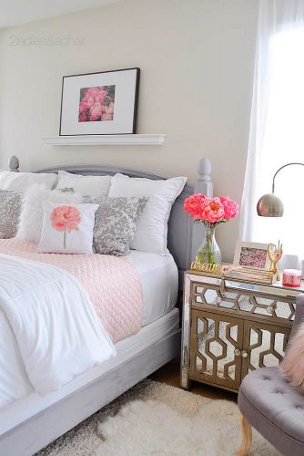Best Ways to Use Bedside Tables and Commodes picture 4