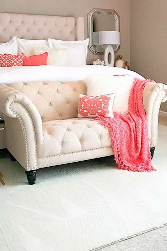 Bright Accents in Your Bedroom picture 2