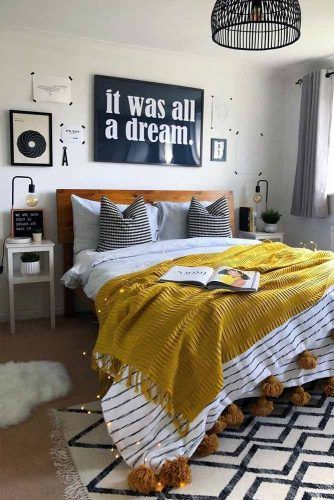 Pictures Wall Decorations For Bedroom #walldecor #bedsidetable