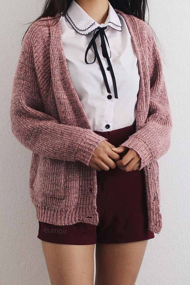Oversize Cardigan With Shirt And Bow #cardigan #oversizecardigan #miniskirt