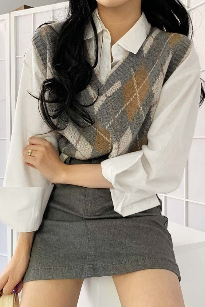 Outfits For School With Argyle Patterned Vest With Skirt #vest #sweatervest #skirt