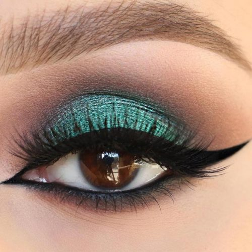 Cool Makeup Ideas for Round Eye Shape picture 3