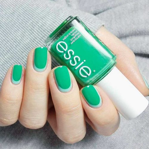 Trendy Revers French Nails #greennails