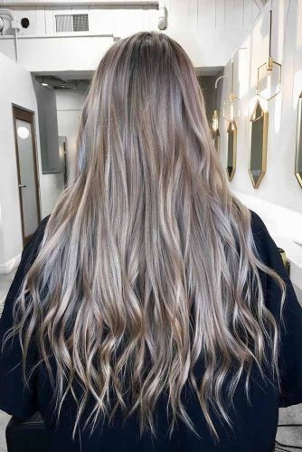 Cute and Pretty Long Layered Haircut picture 4
