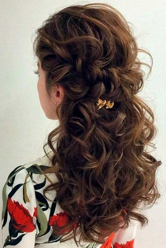 Amazing Ideas of Medium Length Hairstyles picture 5