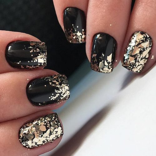 Short Black Nails Design With Gold Glitter #goldglitternails #blacknails