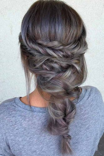 Stylish Hairstyles for Medium Length Hair picture 5