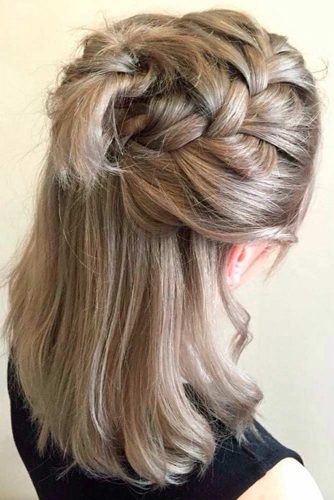 Trendy Shoulder Length Hairstyles for Everyday picture 5