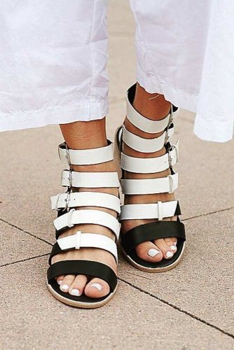 Popular Strappy Sandals Ideas picture 3