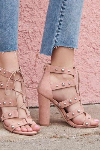 Cute and Simple Strappy Sandals picture 4