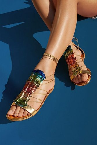 Stylish and Comfy Strappy Sandals picture 5